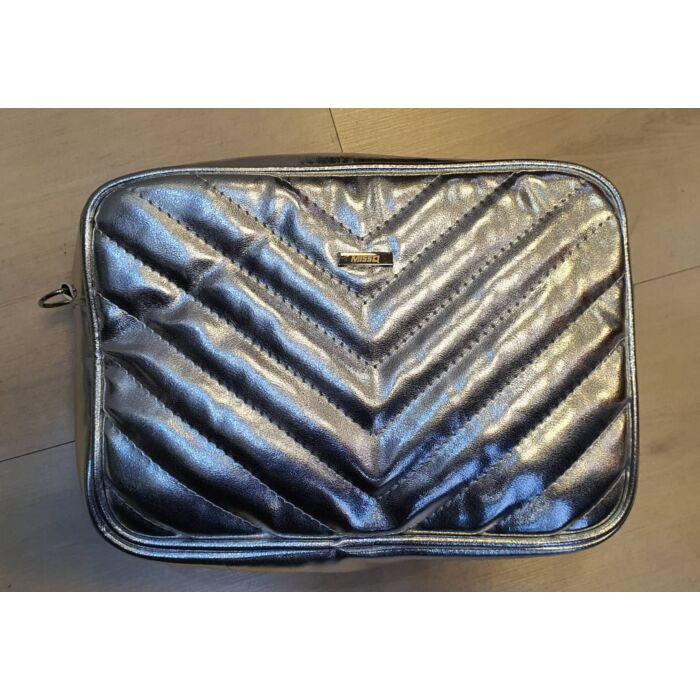 Ezüst MISSQ táska
